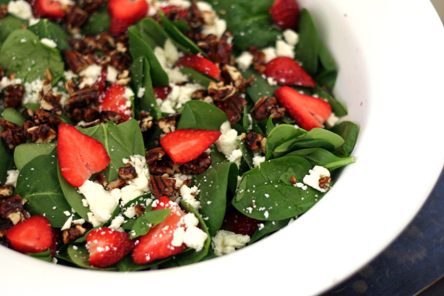 This Week For Dinner Simple Side Dishes Spinach Salad A La Lindsay This Week For Dinner