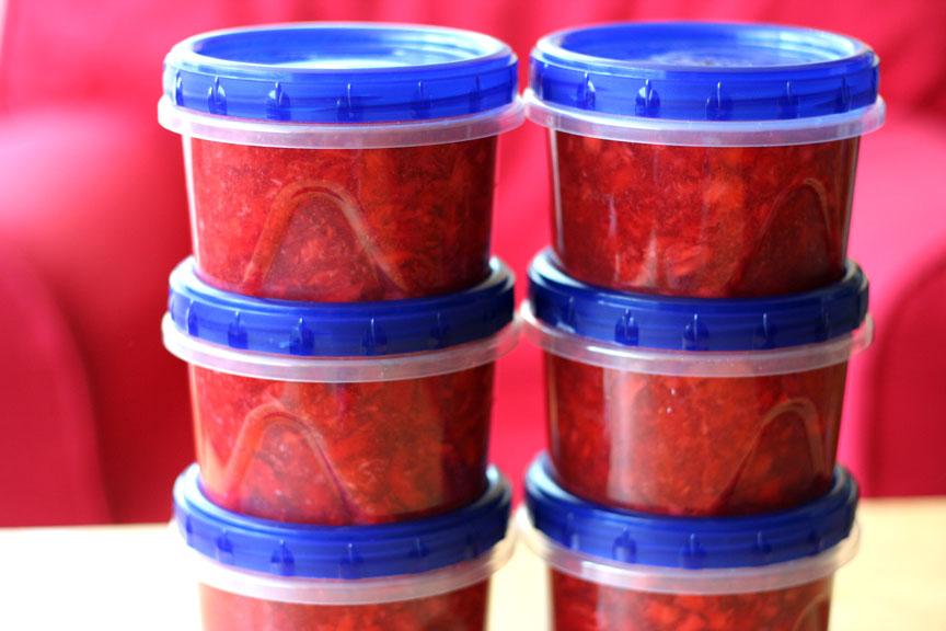 Raspberry or Strawberry Freezer Jam