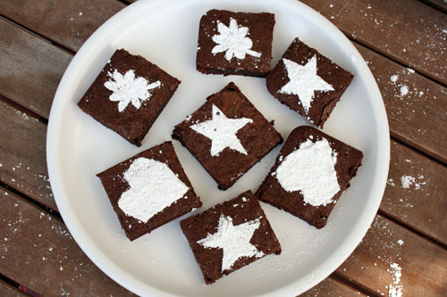 final stenciled brownies above web