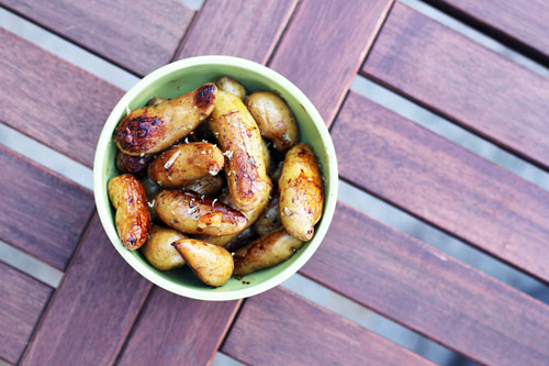 birds eye view of bowl of fingerling roasted potatoes