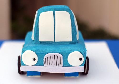 little blue truck cake lego lift | thisweekfordinner.com