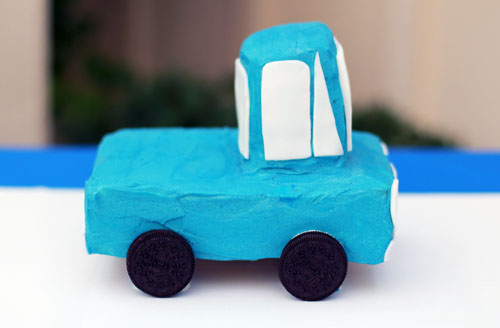 little blue truck cake | thisweekfordinner.com