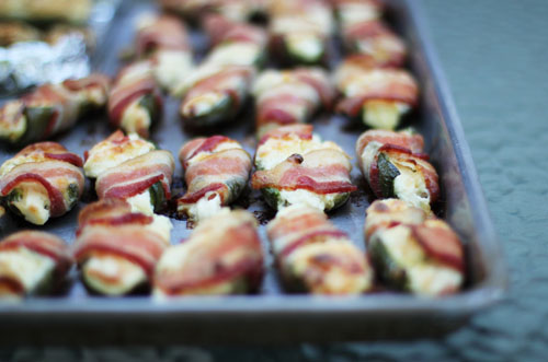 easy homemade jalapeno poppers with bacon | from @janemaynard at thisweekfordinner.com