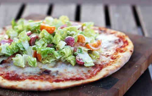 simple and amazing BLT pizza from @janemaynard | thisweekfordinner.com
