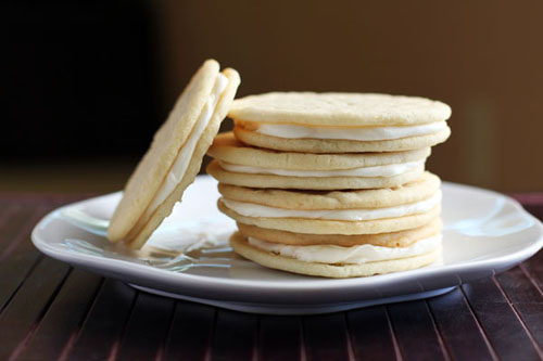 lemon cream cheese sandwich cookies from @janemaynard