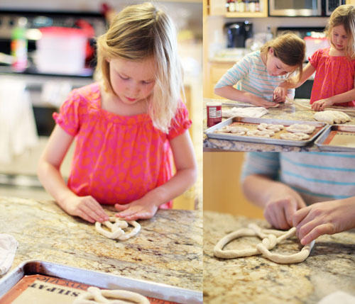 cooking with kids: homemade amish pretzels from @janemaynard