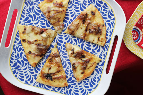 fig and prosciutto pizza with balsamic glaze from @janemaynard