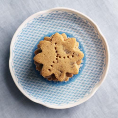 fair trade chocolate chunk shortbread from @janemaynard
