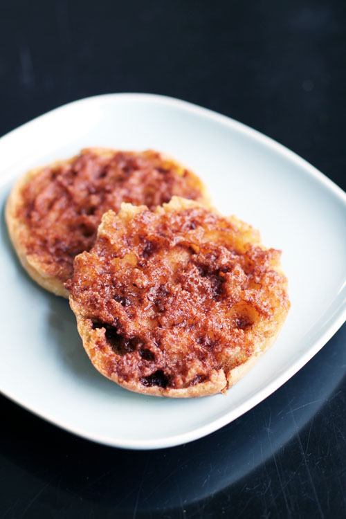 Recipe for cinnamon sugar English muffins from @janemaynard - the BEST English muffins you'll ever eat!