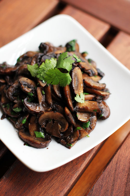 recipe for drunken mushrooms inspired by rick bayless by @janemaynard