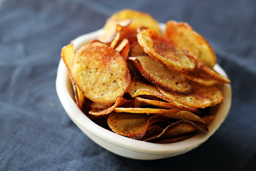 homemade salt and pepper potato chips from @janemaynard