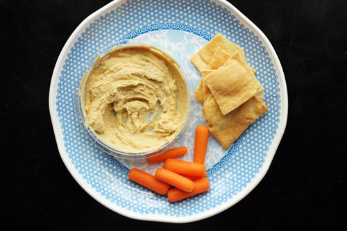fast and healthy snacks for nursing moms from @janemaynard
