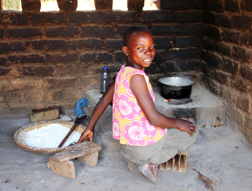 snapshots from malawi: cooking nsima by @janemaynard
