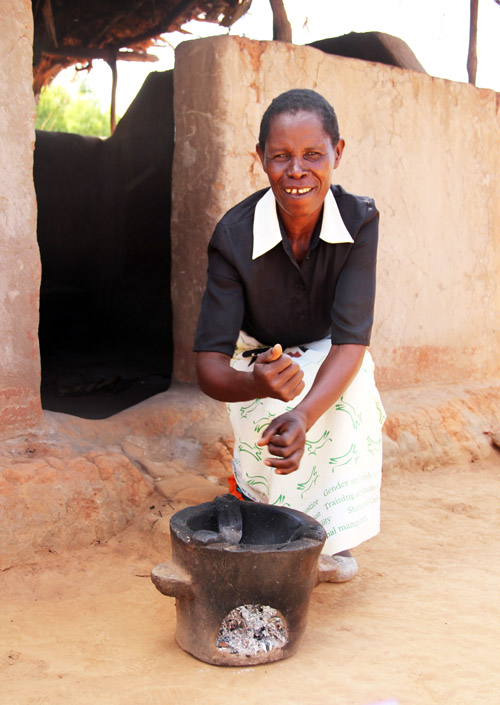snapshots from malawi: cooking oven by @janemaynard