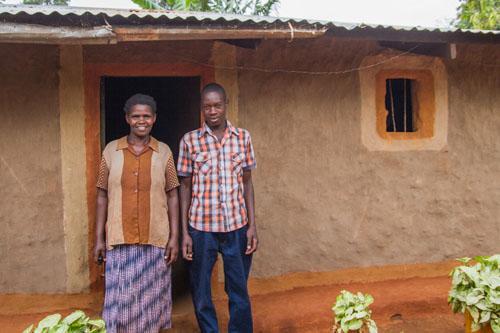 fair trade usa | chelimo annet, ugandan farmer | recipe for chocolate lava cakes from @janemaynard #befair