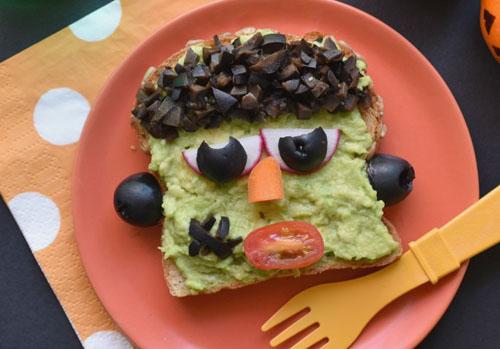 5 Freakishly Easy Halloween Dinners