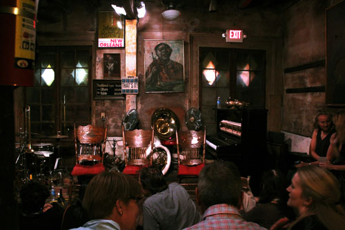 Preservation Hall in New Orleans by @janemaynard
