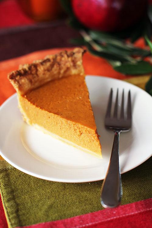classic pumpkin pie with homemade pie crust at @janemaynard