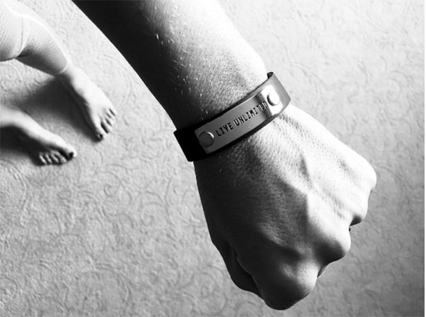 "Endorphin Warrior's ""Live Unlimited"" Bracelet to Support MDA | from @janemaynard"