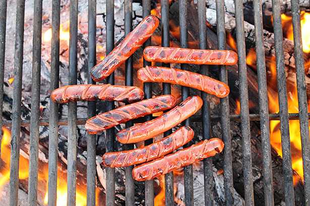 The Ultimate Car Camping Checklist from @janemaynard | Hot Dogs!