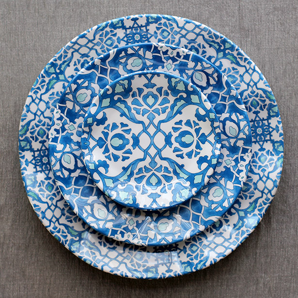 Q Squared NYC Melamine Dishes - Perfect for Entertaining! Royal Lapis Pattern | from @janemaynard