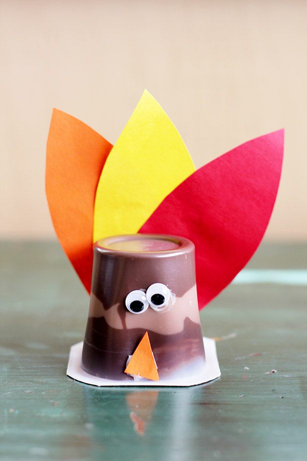 Simple and Easy Turkey Pudding Craft Perfect for Thanksgiving!