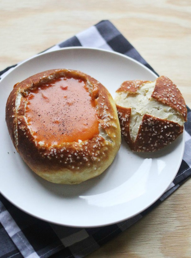 Week 560 Weekly Menu on @janemaynard from Rachel Faucett: Soup in a Pretzel Bread Bowl