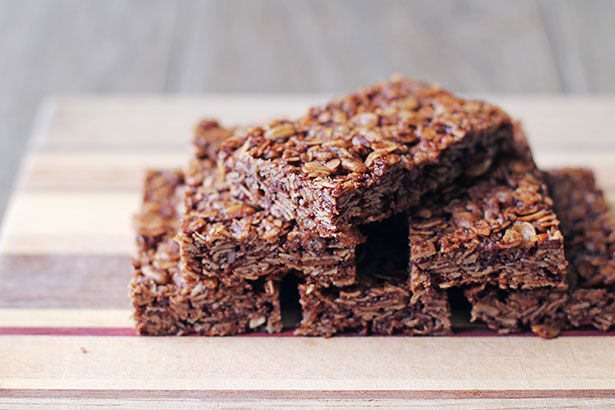 How to Make Gluten-Free Homemade Chocolate Granola Bars from Jane Maynard of This Week for Dinner