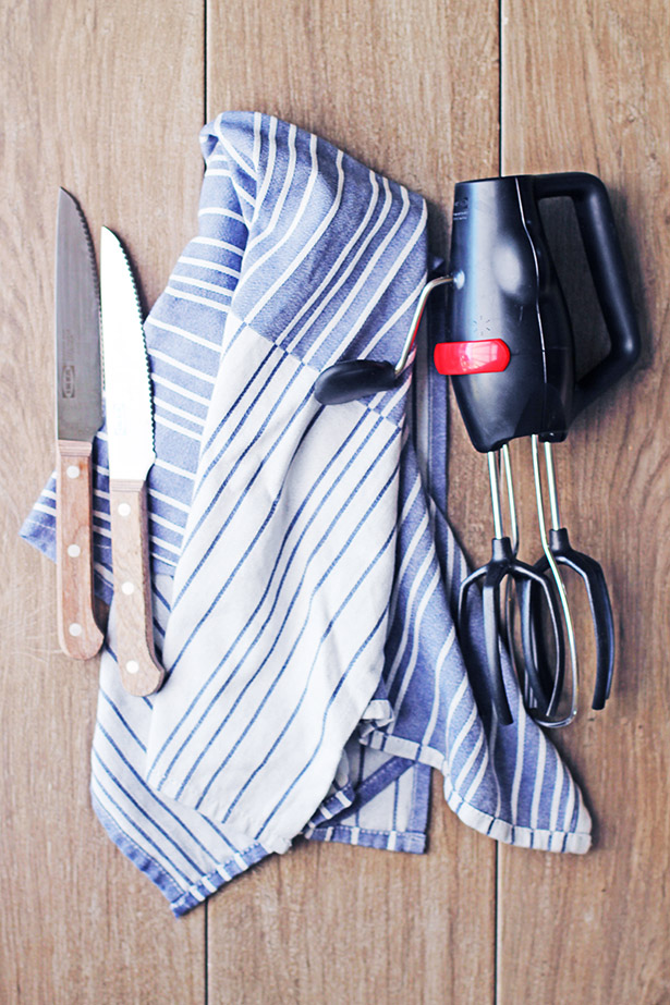 IKEA Kitchen Finds: Steak Knives, Dish Towels, Hand Whisk, Cheese Grater